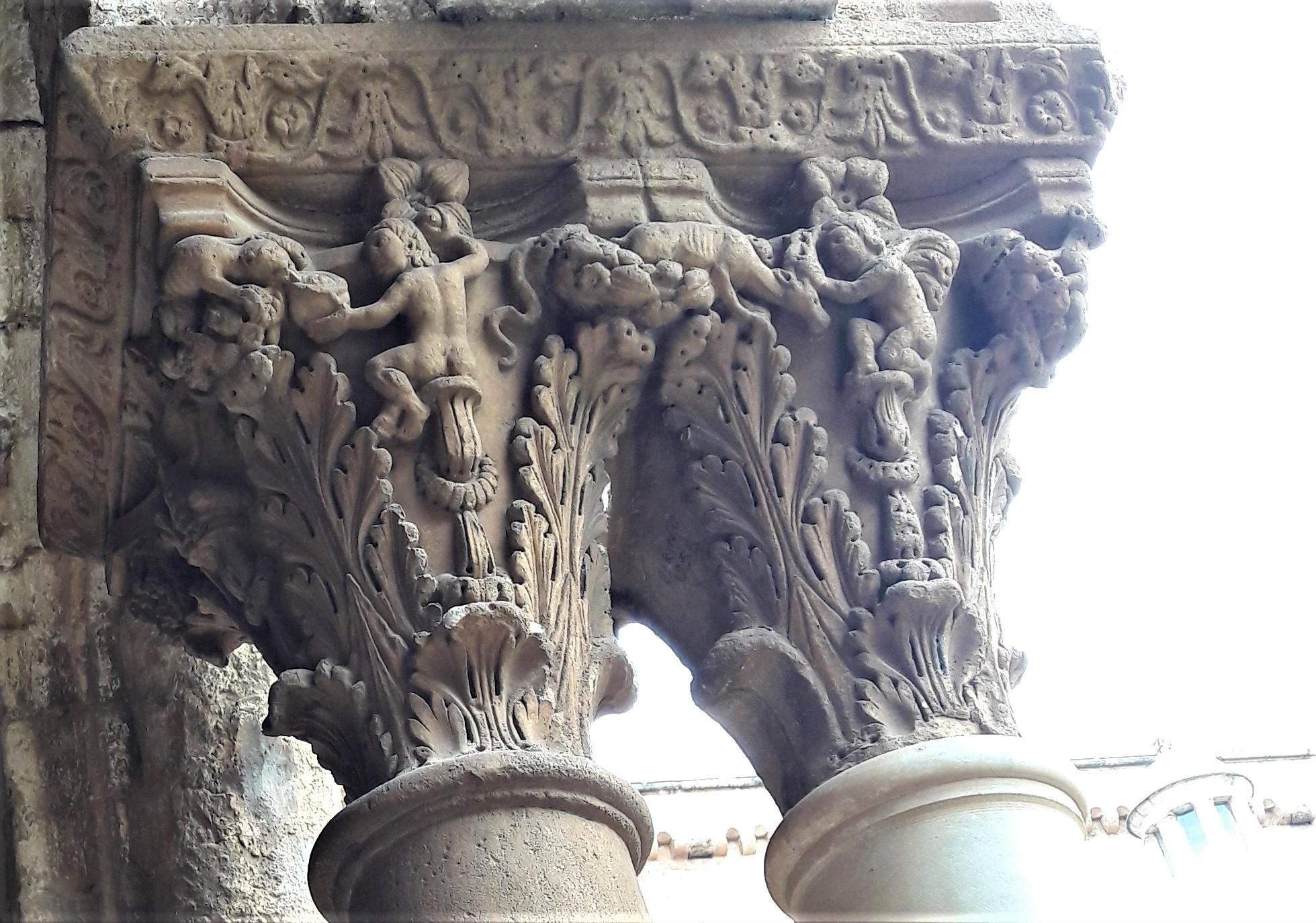 Capitello del chiostro del Duomo di Monreale